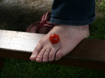 hobbit foot and tomato
