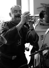 JXC trumpet B&W